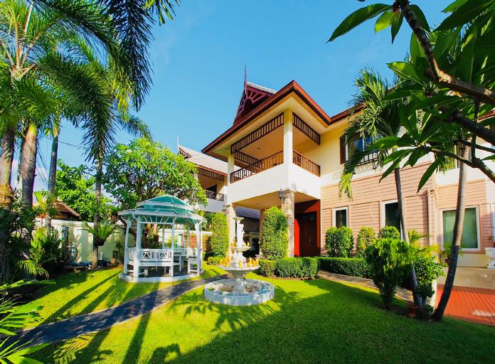 FARAH HOUSE by THE SIGNATURE VILLA, Bang Lamung