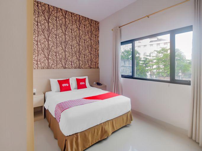 OYO 90312 Bahu Bay Hotel, Manado