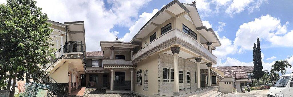 Villa Bontes (whole villa), Malang