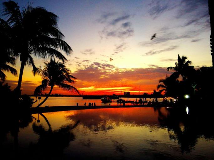 (J,Leisure SeaVIew Danga Bay), Johor Bahru