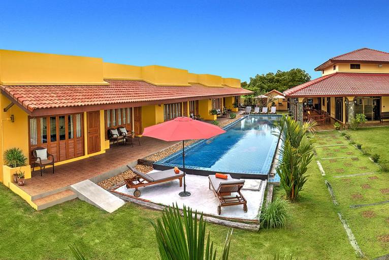 Marigold Resort 6BR w/ Large Pool & Garden, Bang Lamung