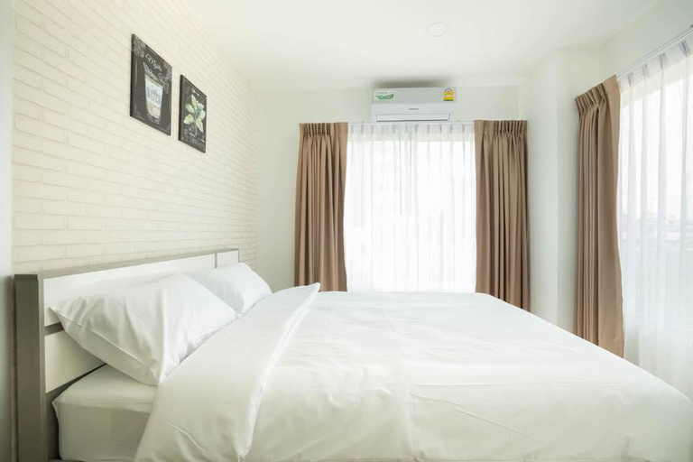 The Lux Ladprao 10, Chatuchak