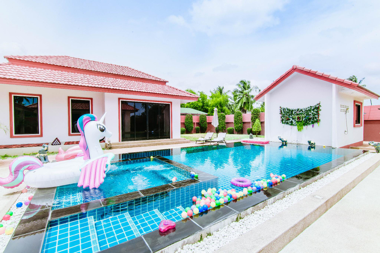 Modern Tropical Villa, Bang Lamung