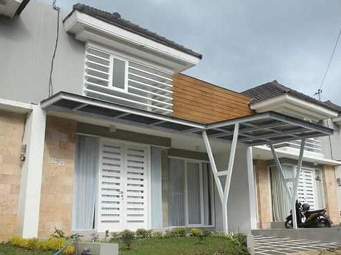 Villa Frengky , Malang