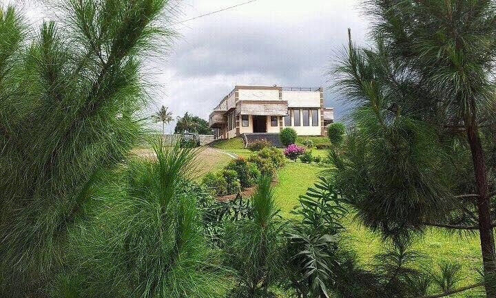 Villa Hanan untuk Keluarga Dengan View Terbaik, Bogor
