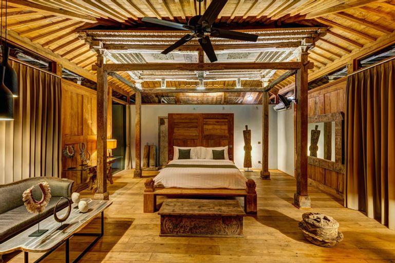 Palatial Wooden Villa, 4 BR, Lovina w/ Staff- up to 40% Discount !, Buleleng