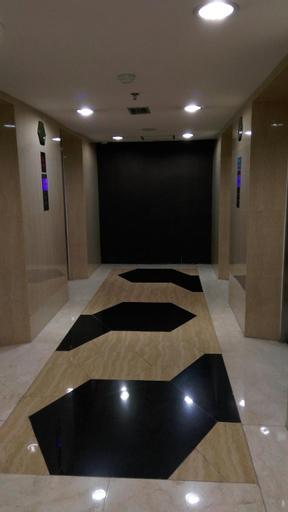 Tamansari Hive (complete amenities studio 31m2), East Jakarta