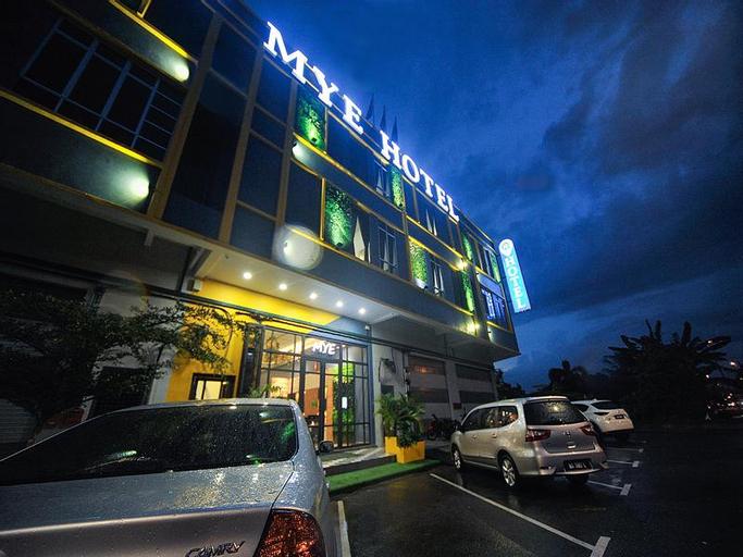 Mye Hotel Muar, Muar