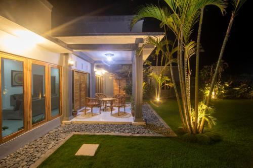 Villa Mantun, Sumbawa Barat
