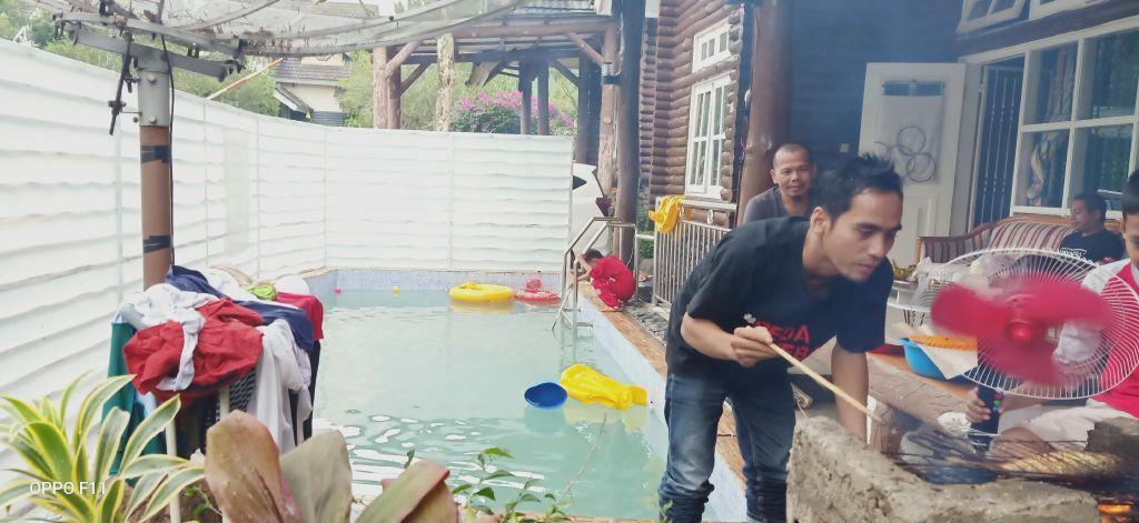 Villa kota bunga 5 +1 br & private pool, Cianjur