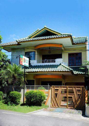 Rumah 6 Kamar Full AC Timur 5 Mnt Titik Nol Yogya, Yogyakarta