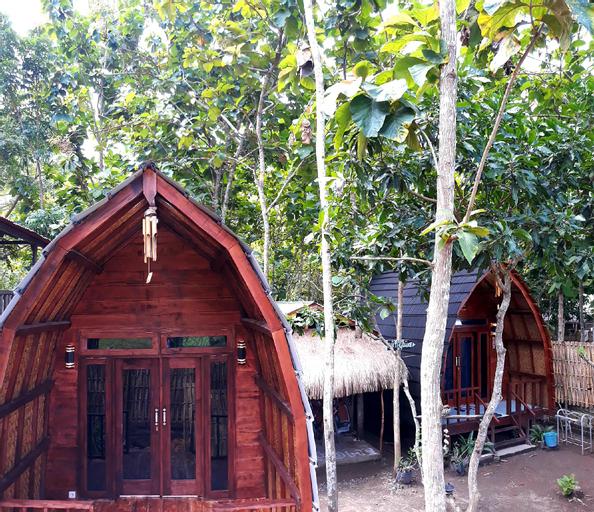 JATI BAR AND BUNGALOW, Lombok