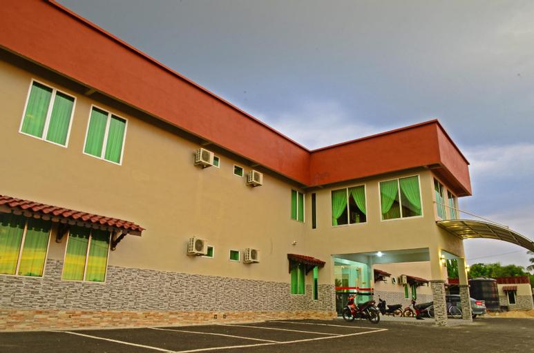 Hotel Mesra, Pokok Sena