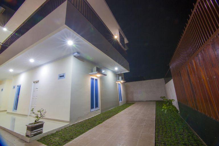 Clean Comfy Room 5 @ R & S Living (Muhrim Only), Pekanbaru
