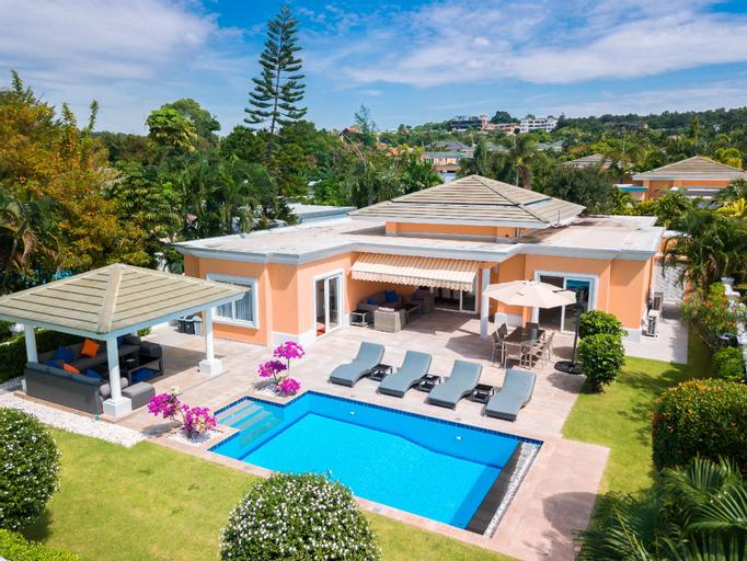 Luxury Pool Villa 604 / 4 BR 8-10 Persons, Bang Lamung