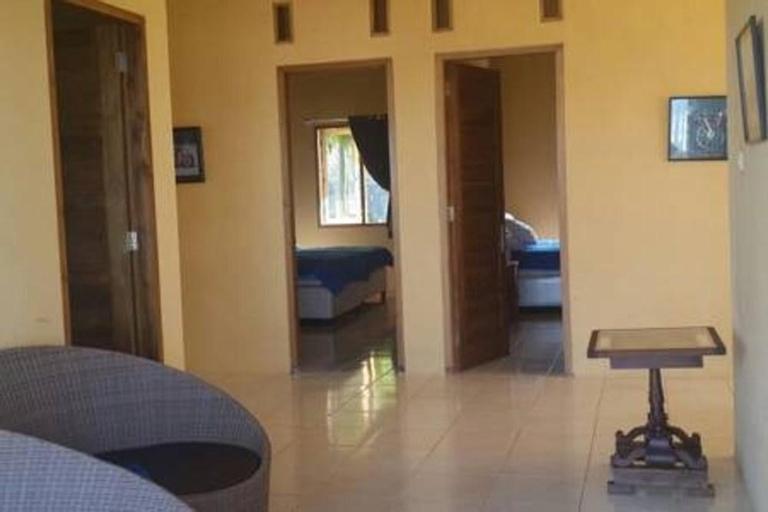 Villa Paus - Entire Villa (Salsabila Villas), Sukabumi