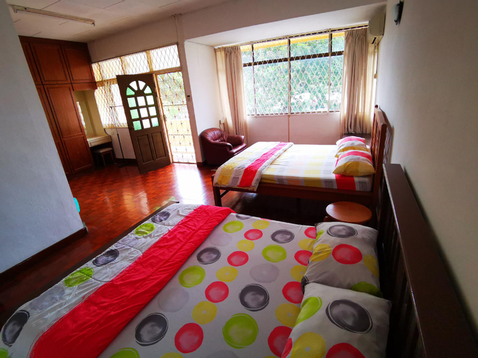 LPM Double Room With Balcony 4pax Attach bathroom , Pulau Penang