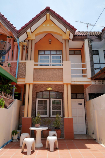 207 Townhome near BTS station (Chang Erawan ), Muang Samut Prakan