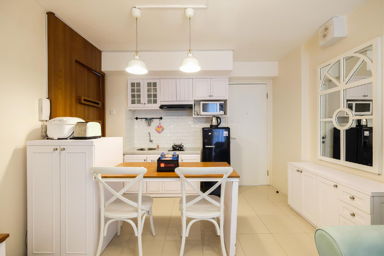 Easy Access to Mall 2BR Bassura Apt By Travelio, East Jakarta