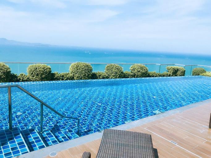 D10 Sky Infinity Pool  with Ocean View Room, Pattaya