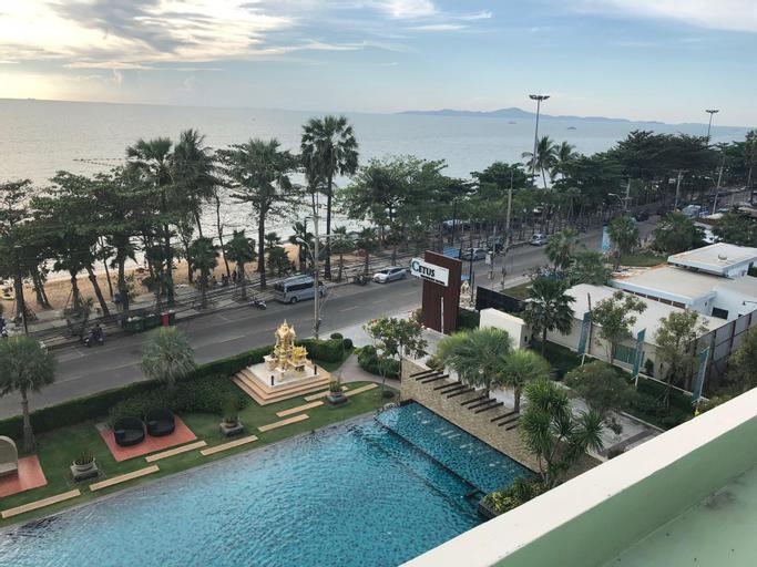 Cetus beachfront, Pattaya