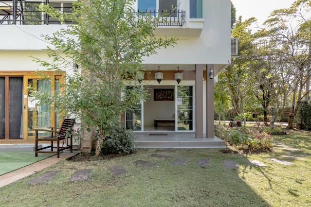 CC Villa Nonfon House B, San Kamphaeng