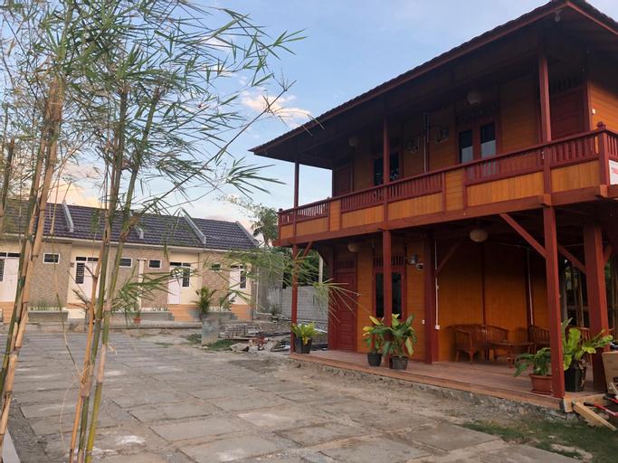 Bamboo House III, Palu