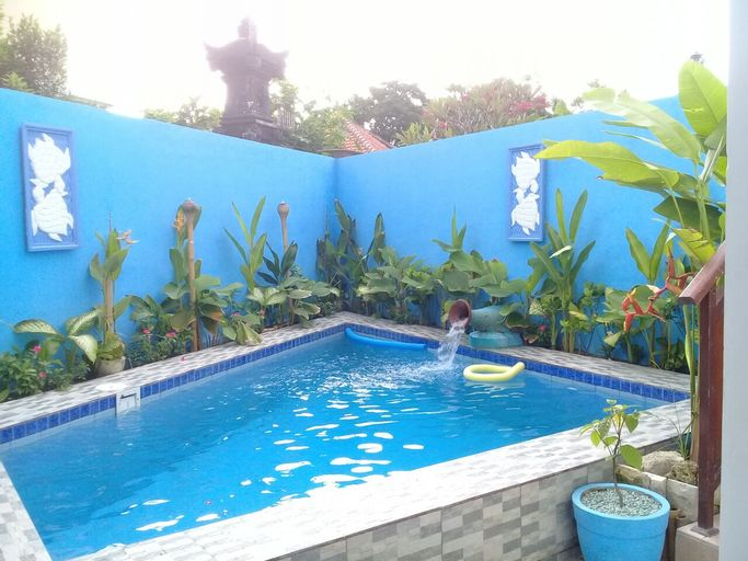 Turtle Island Hostel, Denpasar