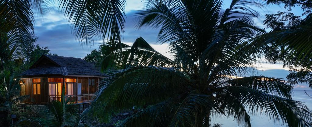 Sifa Diving Resort,