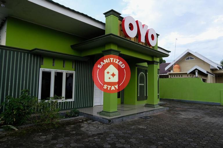 OYO 752 Abz Guest House Syariah, Jambi