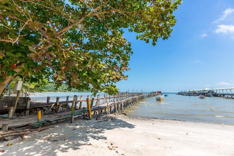 Bahang's Bay House, close to sea and national park, Barat Daya