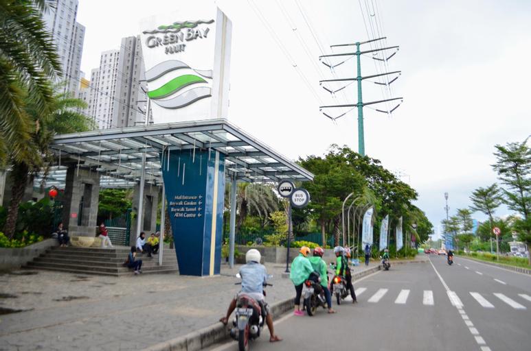 Comfy Studio 1, next to Baywalk Mall, Jakarta Utara