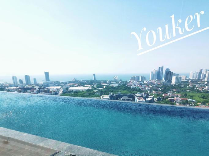French window studio&city view, Pattaya