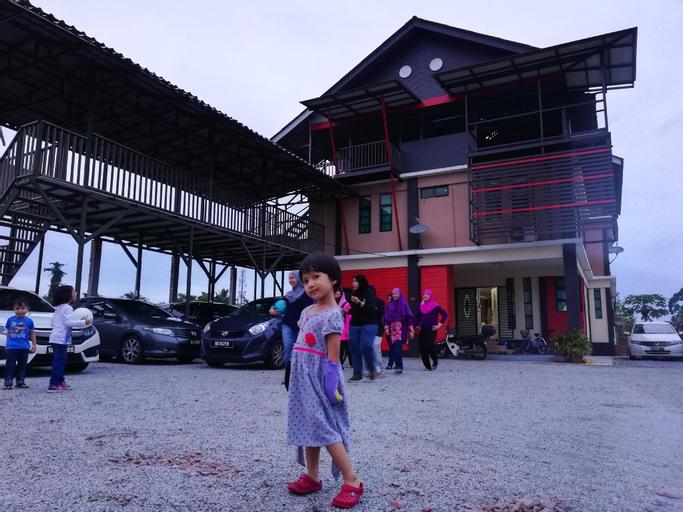 2RS HOMESTAY BAITILHISAN HUSM K.KRIAN WIFI/NETFLIX, Kota Bharu