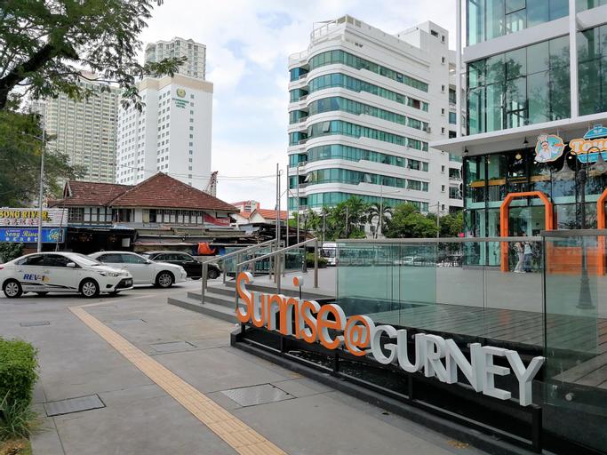 68PG Sunrise Gurney Seafront Seaview Duplex D1, Pulau Penang