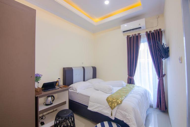 Clean Simple Room 1 @ R & S Living (Muhrim Only), Pekanbaru