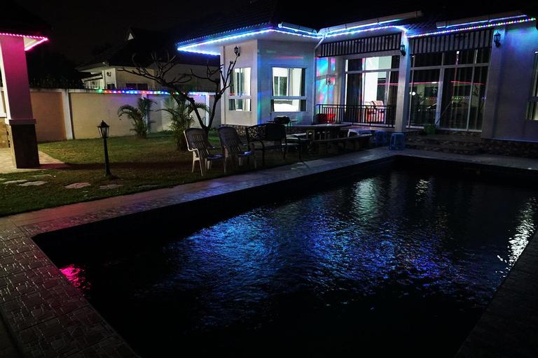 River Side Pattaya, Bang Lamung