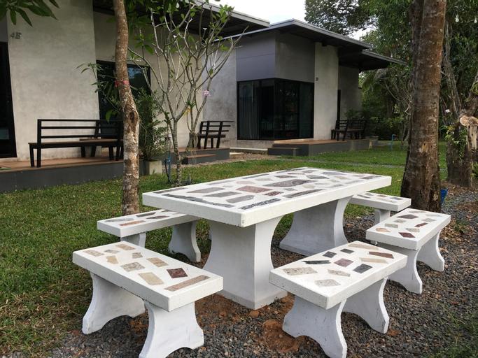 Chomtarn Resort, Muang Trat