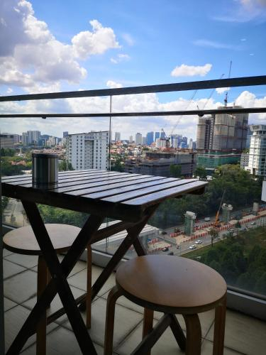 Romantic Home for Couples, 5mins to Mid Valley Mega Mall, Kuala Lumpur