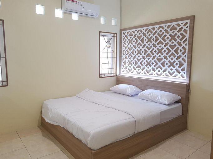 De Hanami Anyelir, Cirebon
