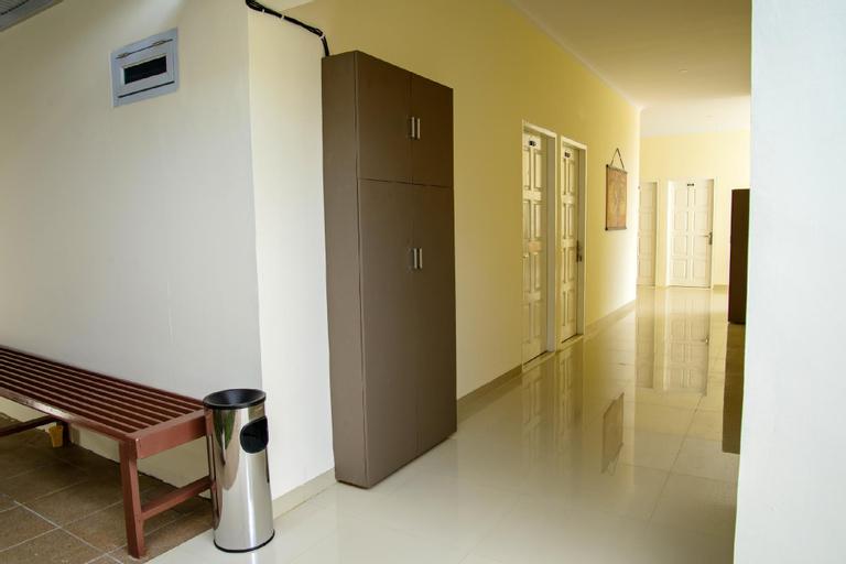 NEW! Fully Furnished 3 Star Room 8 (Muhrim Only), Pekanbaru