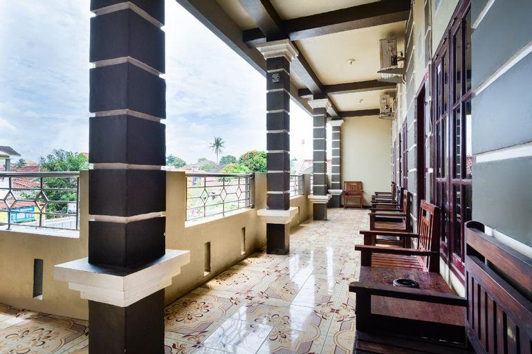 OYO 3044 Adelia Residence, Palembang