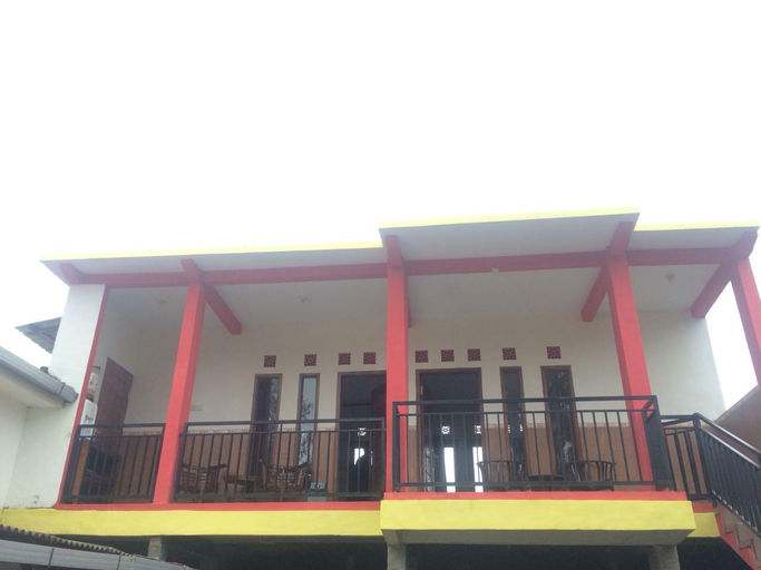 CASA BROMO HOMESTAY - PRIVATE ROOM 1, Probolinggo