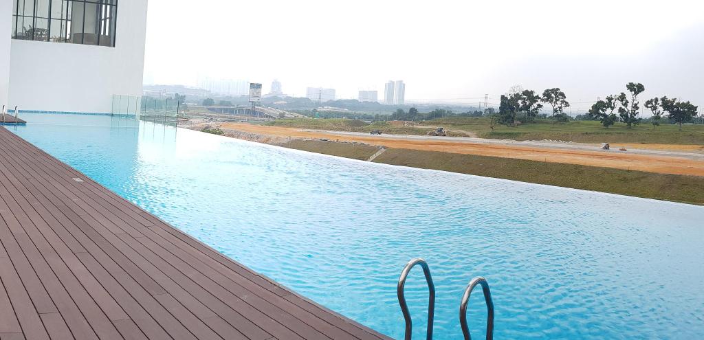 Skypark [Netflix+100Mbps] @ Cyberjaya by HA (3289313-Apartment Suite Cyberjaya by HostAssist), Kuala Lumpur
