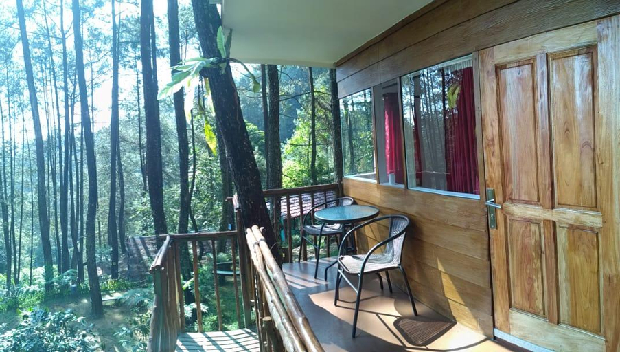 TREE HOUSE AT PUNCAK BOGOR, Bogor