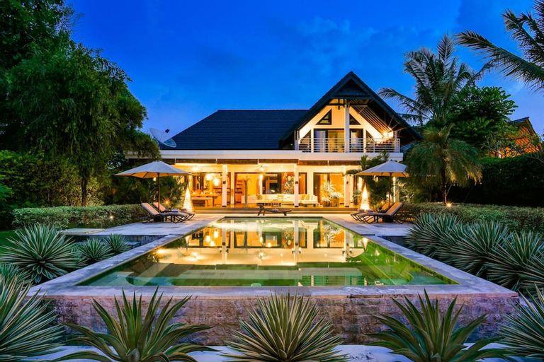 Villa Mahkai- Luxury 6 Bedroom villa resort, Buleleng
