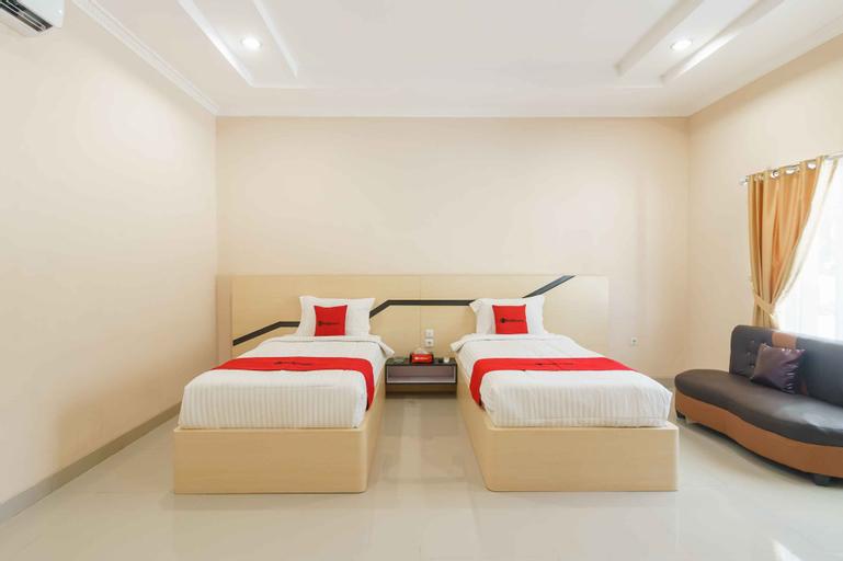 RedDoorz @ Hotel Copacobana Bengkulu, Bengkulu