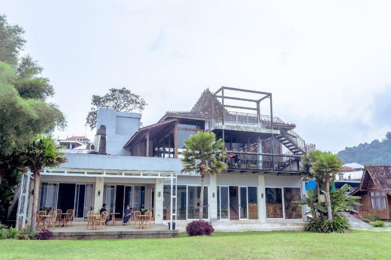 The Joglo Beratan, Tabanan