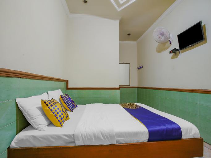 SPOT ON 90092 Dewi Safitri Hotel, Semarang