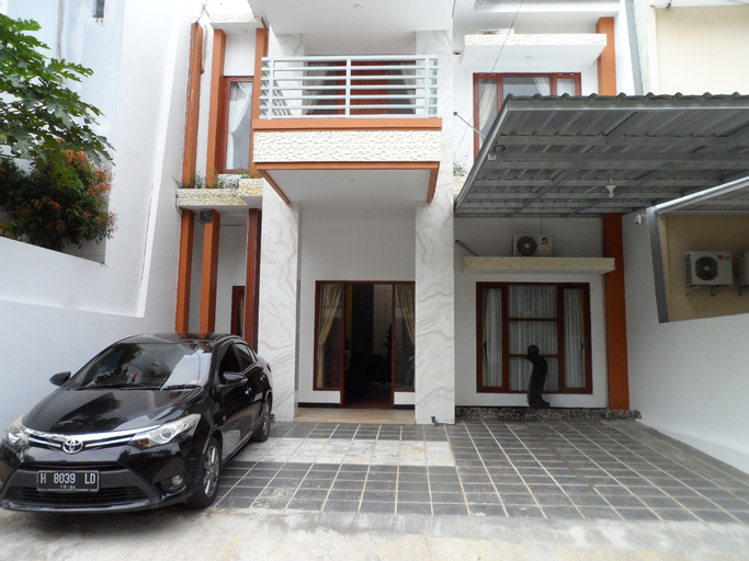 Tlaga Resort by Pillow, Semarang